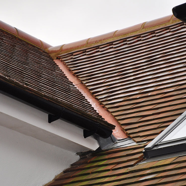 Roof Gully Tiles Amp Tile Roof Repairs Portland Oregon